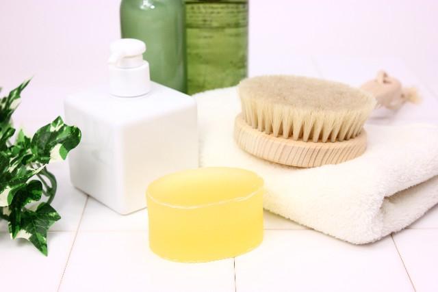 石鹸、ブラシ 写真